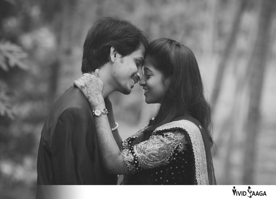 Pre Wedding Shoot With Natural Posing Archives Vividsaaga Candid