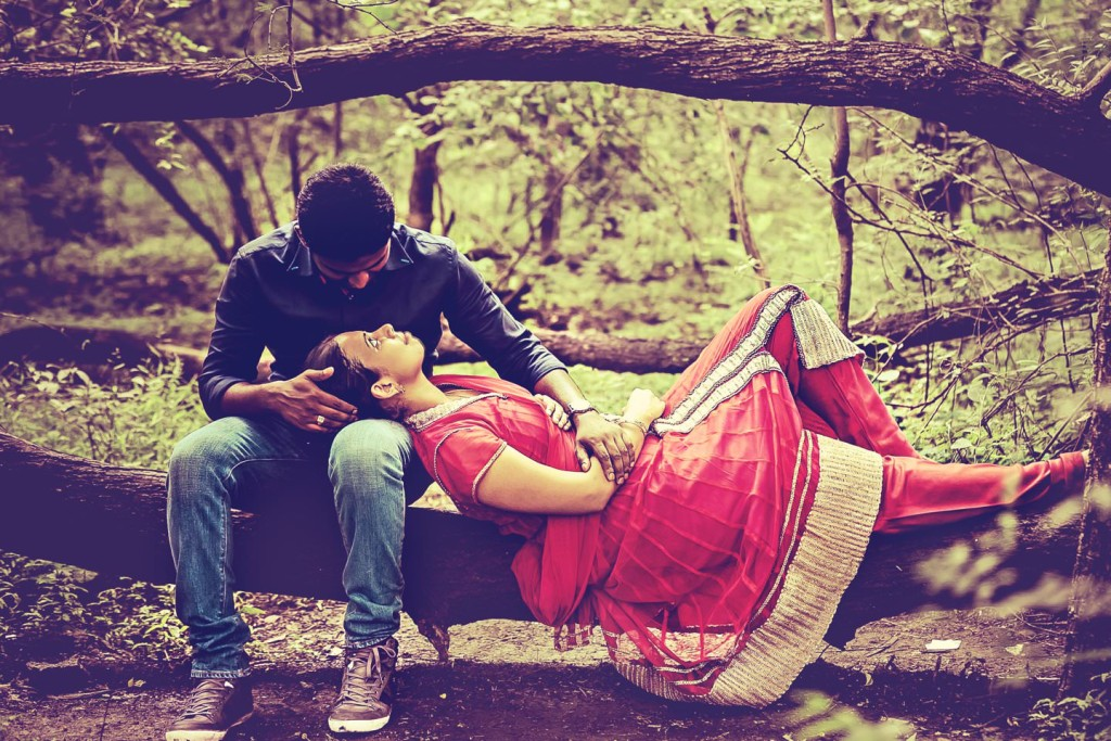 warangal-wedding-photographer- couple outdoor session photos