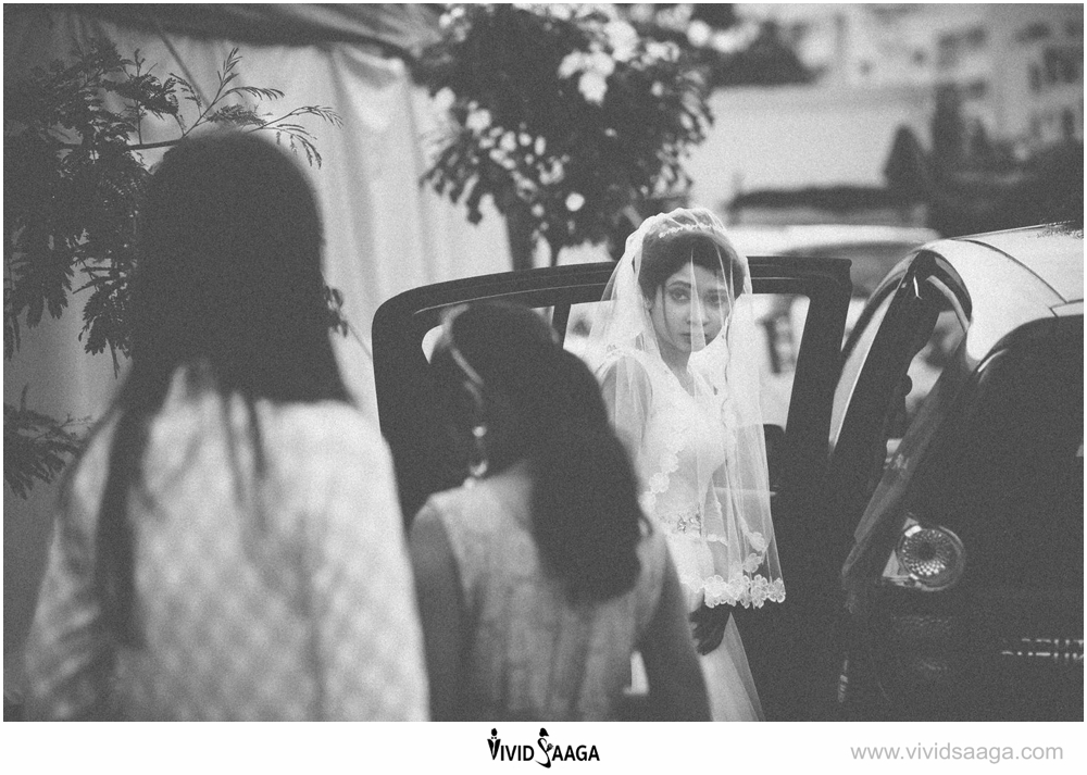 black and white candid wedding photography india