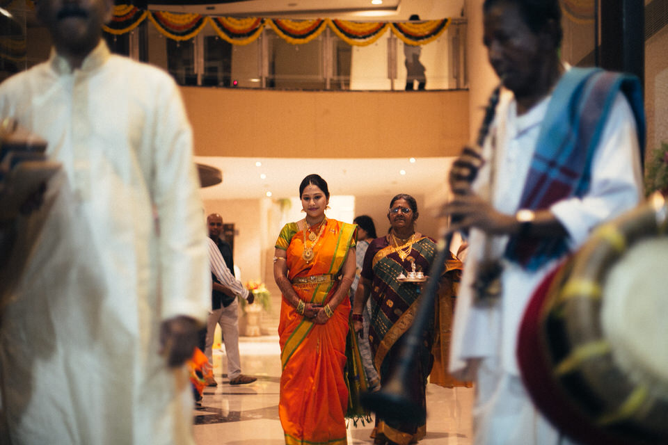 bride walking towards madapam